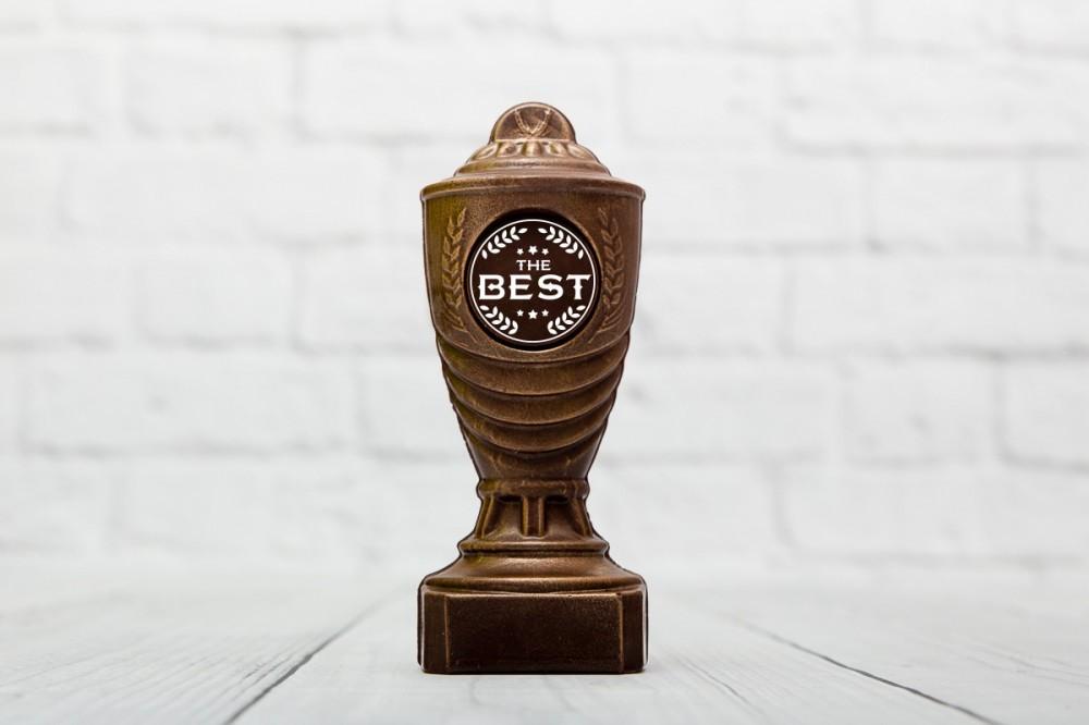 "Шоколадна статуетка - кубок ""BEST"""