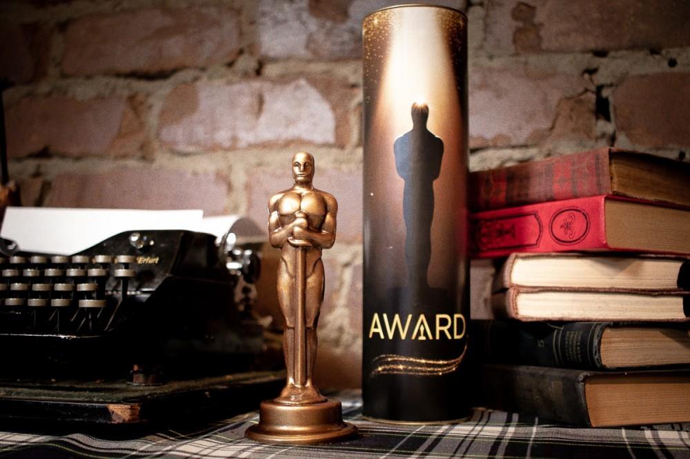 Новогодний шоколадный Оскар