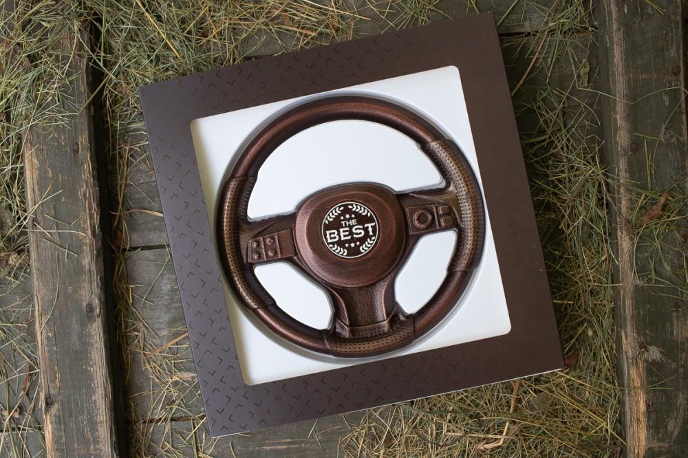 "Подарок на 14 октября мужчине ""Руль из шоколада"""