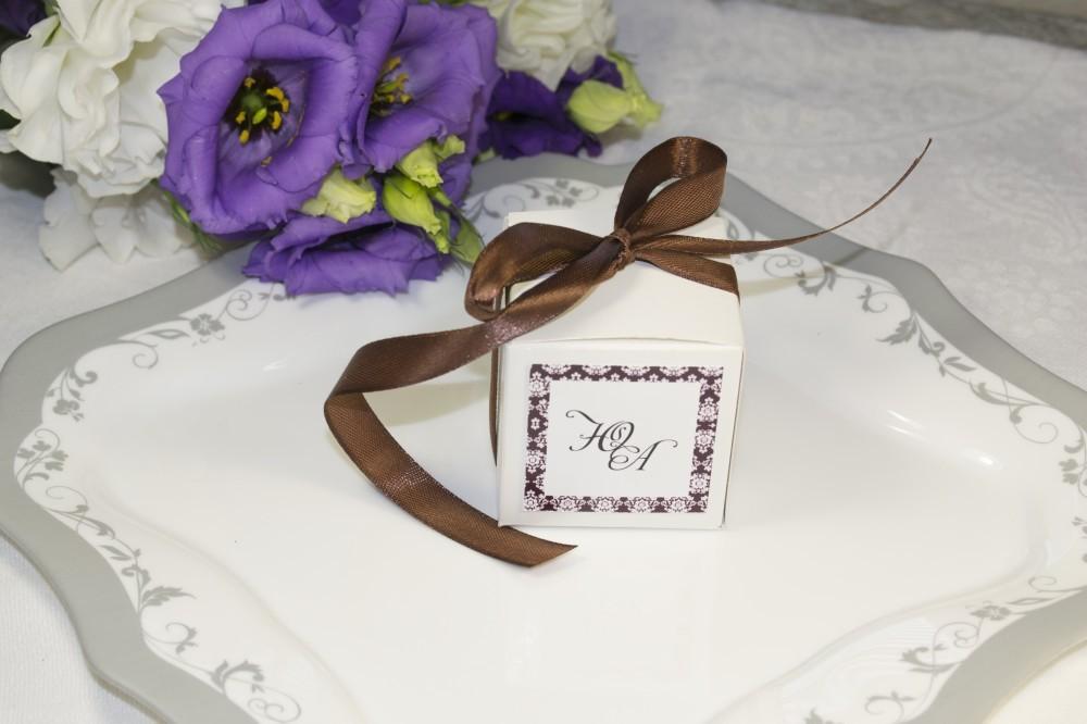 Свадебная оригинальная бонбоньерка для подарков (от 30 шт)