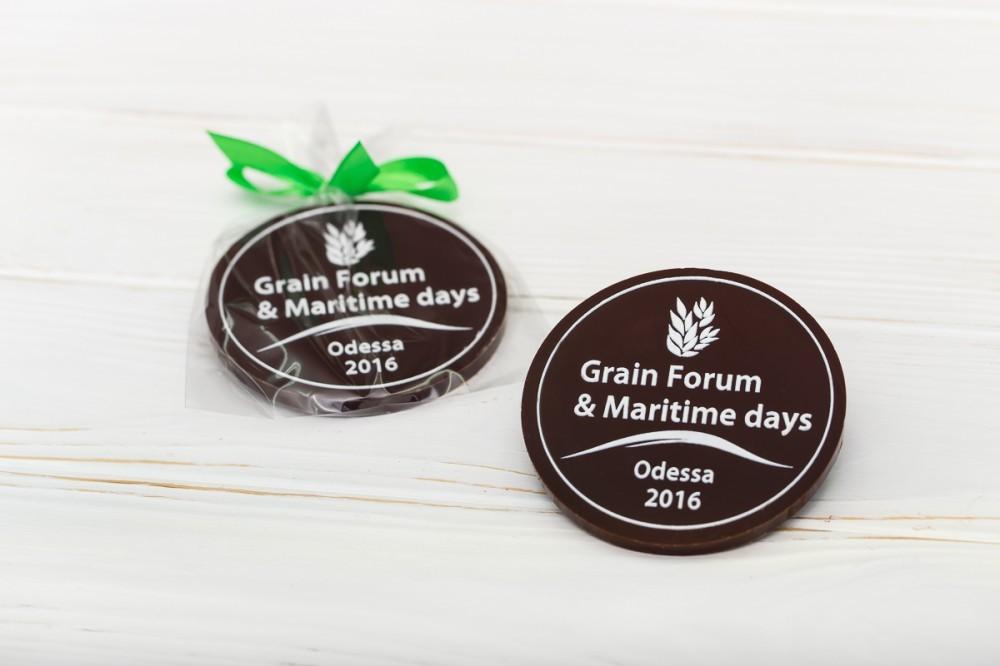 Шоколадная медаль с индивидуальной надписью