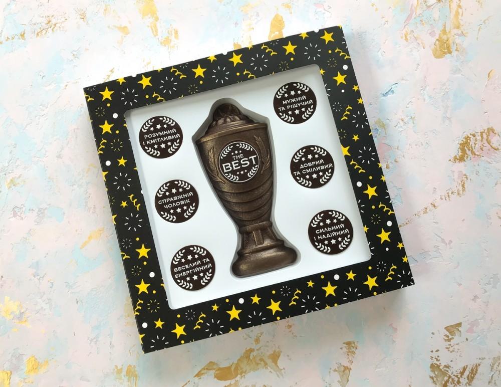 Подарочный набор шоколада и комплиментов мужчине