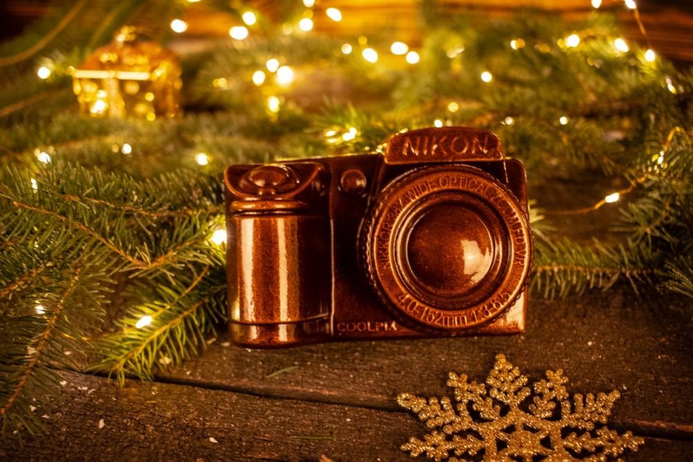 Шоколадный фотоаппарат  мужчине