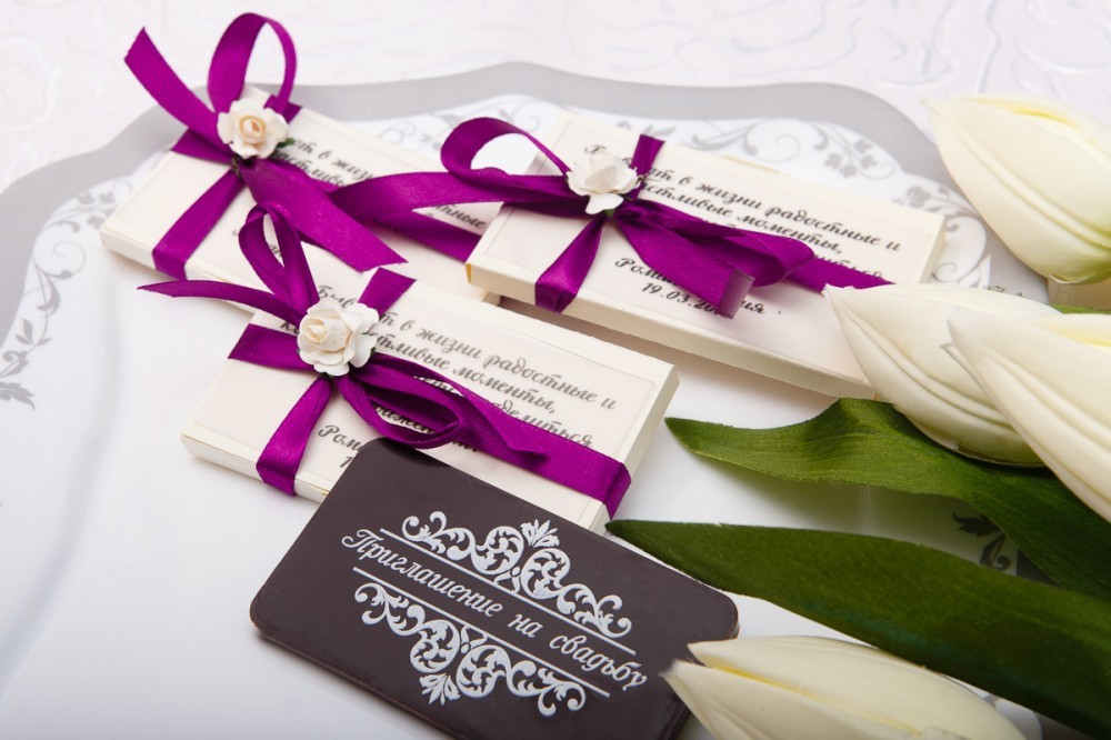 Приглашение на свадьбу из шоколада