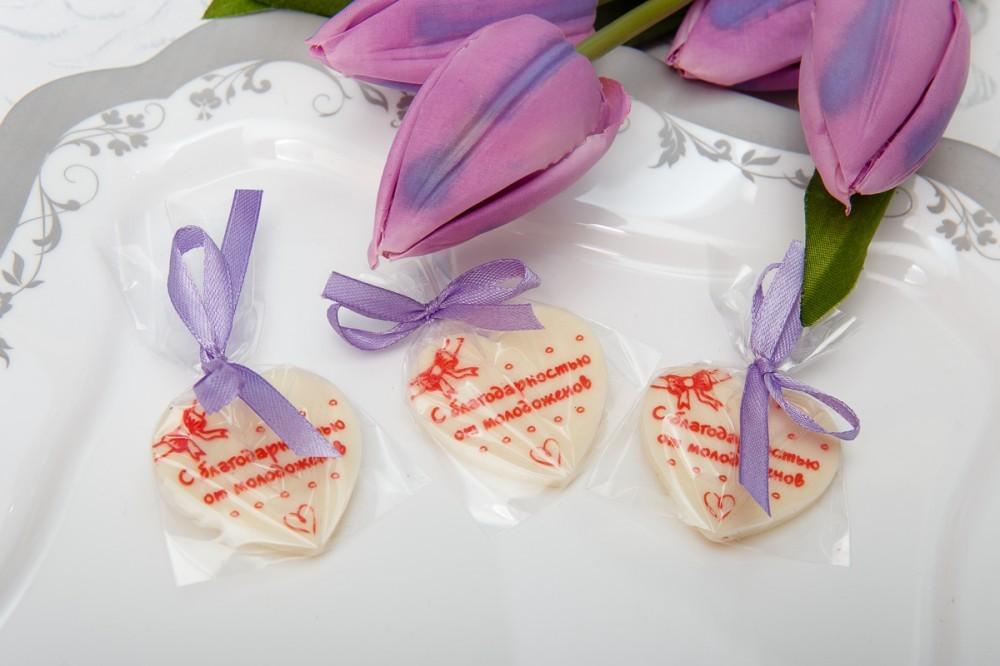 Шоколадное сердце с благодарностью на свадьбу