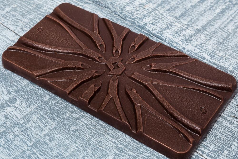 Шоколадная композиция для салона красоты
