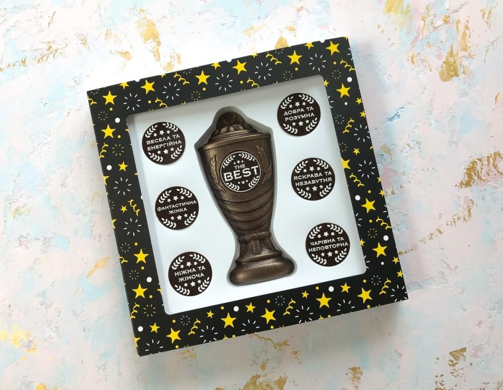 Подарочный набор шоколада и комплиментов женщине